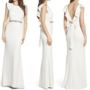NEW ADRIANNA PAPELL Ruffle Back Belted GOWN DRESS